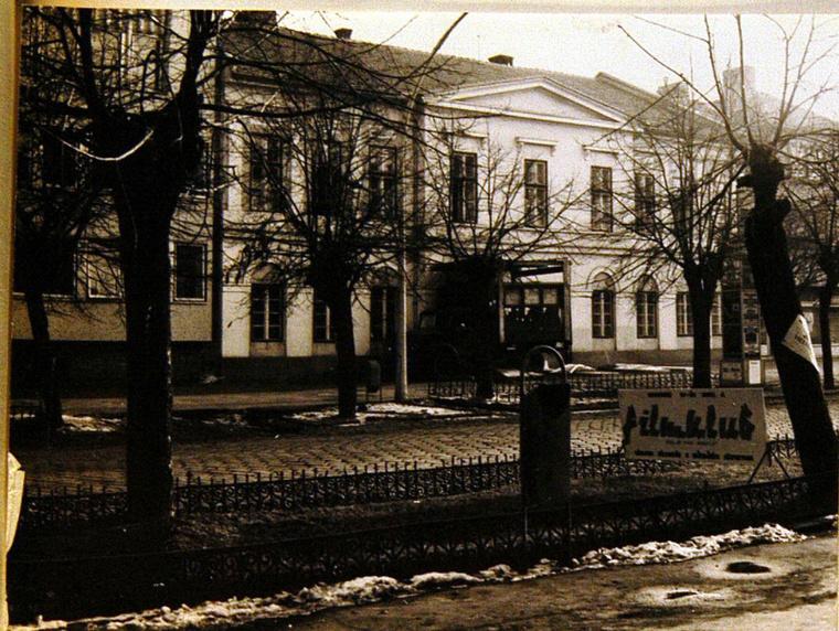 Leanykollegium1973